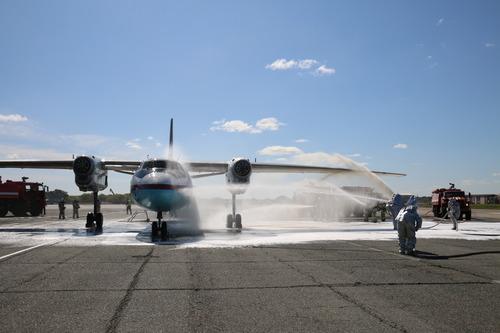 Аэропорт Южно-Сахалинска начал принимать двухпалубные суда Boeing-747-400